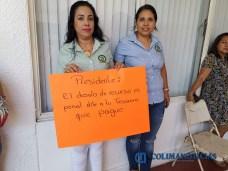 Se manifiestan sindicalizados de Tecomán (1)