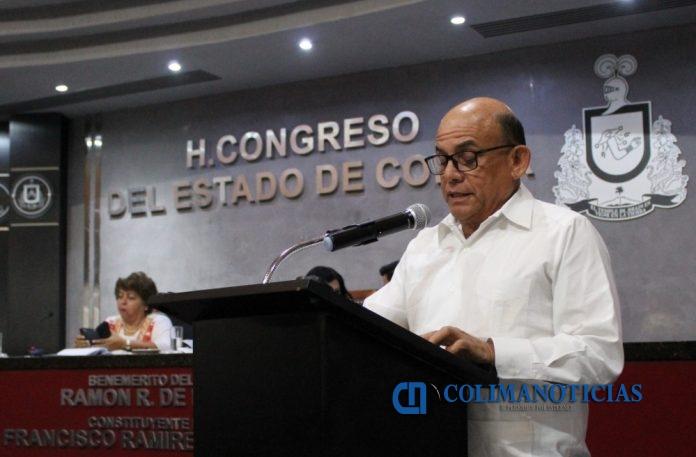 arturo garcia 696x457 - Autoriza Congreso diversos incentivos fiscales a contribuyentes de Tecomán