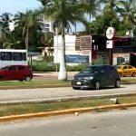 choque 1 150x150 - Choque en el boulevard deja daños materiales