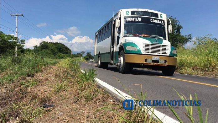 camiones comala 696x392 - Concesionaria y aseguradora inician pago de indemnizaciones por accidente en Comala