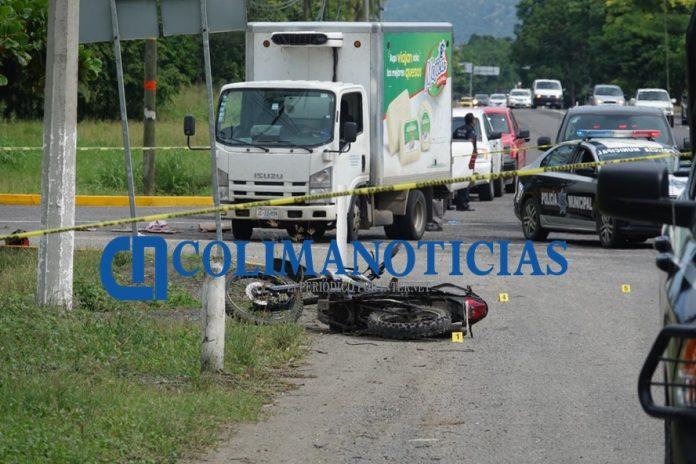 Ejecutan a dos motociclistas cerca del cruce de Caleras 696x464 - Ejecutan a dos motociclistas cerca del cruce de Caleras