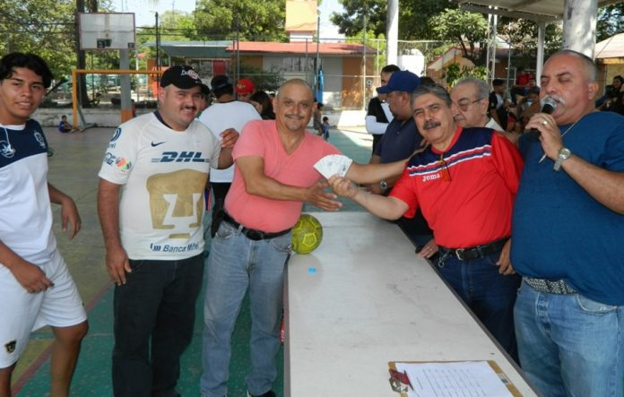 futsal Leon Alam 696x443 - León Alam llama a la unidad gremial; realizan torneo de Futsal