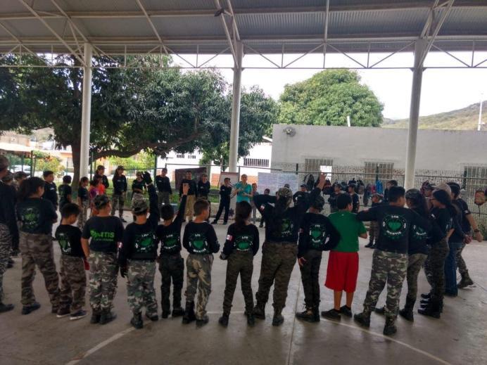 Escuadrón Mantis recibe taller de Prevención del Delito