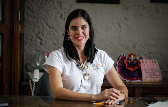 Violeta Berenice Ureña  696x443 - El 20 de febrero cierran inscripciones para Matrimonios Colectivos en la capital - #Noticias