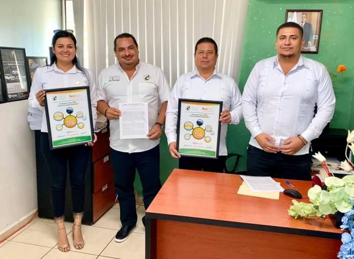empresa tecomense firma convenio con el SNTE