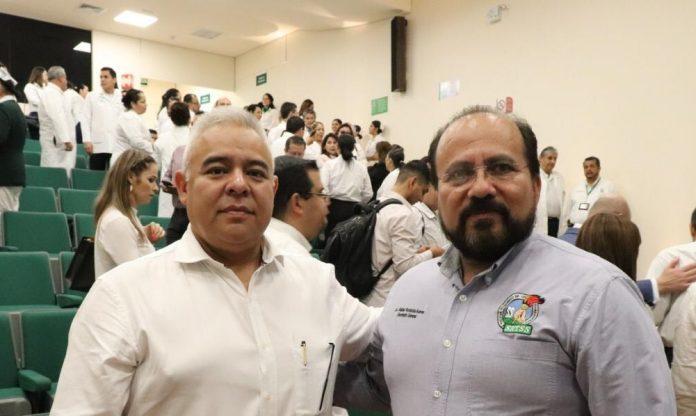 nombramiento edgar vargas 696x416 - Édgar Vargas toma protesta como nuevo delegado estatal Colima del IMSS - #Noticias