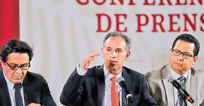 Hugo López Gatell 696x362 - ¿Qué implica el adelanto de medidas de fase 2 por Covid-19 en México?