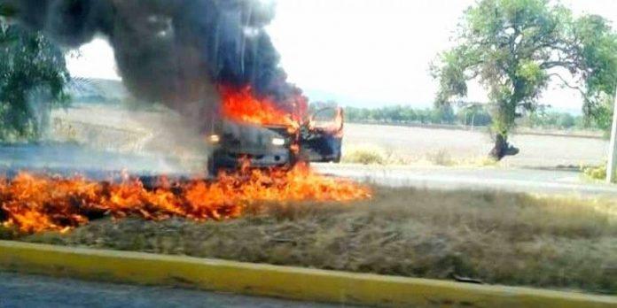 bloqueos en gto 696x348 - Se registran bloqueos en Celaya - #Noticias