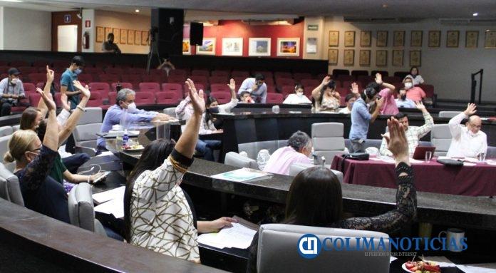 """congreso votación 696x383 - Congreso de Colima aprueba """"Ley Ingrid"""", para evitar filtraciones de imágenes"""