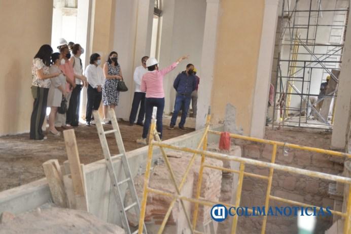 Recorre comunidad artística y cultural trabajos en Palacio de Gobierno