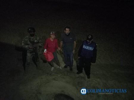 Arriba tortuga dañada de su caparazón a playas manzanillenses -3