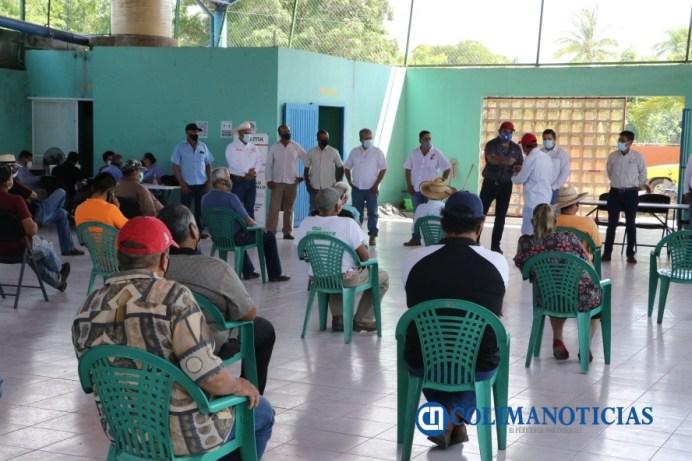 Entrega Gobierno del Estado apoyos a productores de mango, por daños de lluvia en sus cultivos