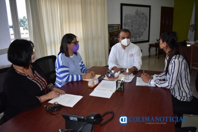 Felipe Cruz firma convenio con ICM para instalar Centro de Desarrollo para las Mujeres