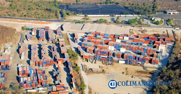contenedores en Manzanillo
