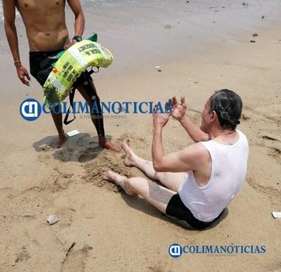 rescate en la playa