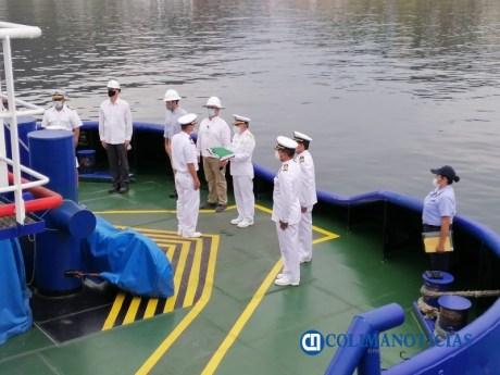 ICapitanía de Puerto de Manzanillo abanderó dos remolcadores08