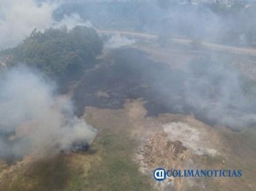 Sofocan incendio de pastizales en el Barrio V del Valle de las Garzas 2