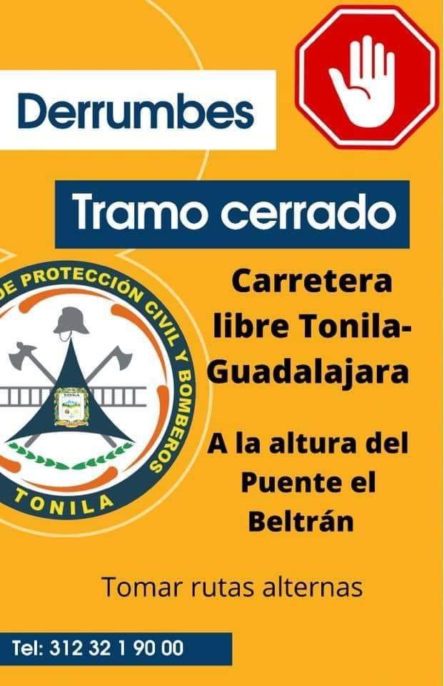 Fuertes lluvias provocan derrumbes en carretera libre Colima- Guadalajara