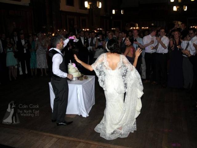 Durham-Castle-Wedding-DJ-18