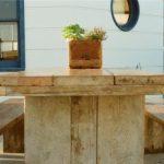 wood-bench-table-flowerpot