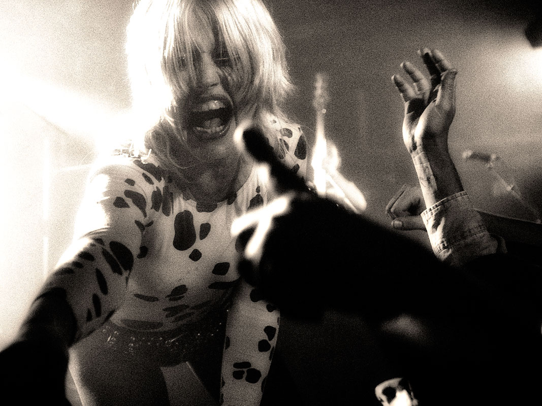 Amyl and The Sniffers @ The Zoo, Saturday 5 October 2019