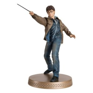 Harry Potter Wizarding World Collection Harry Potter and the Deathly Hallows Mega Figure with Collector Magazine