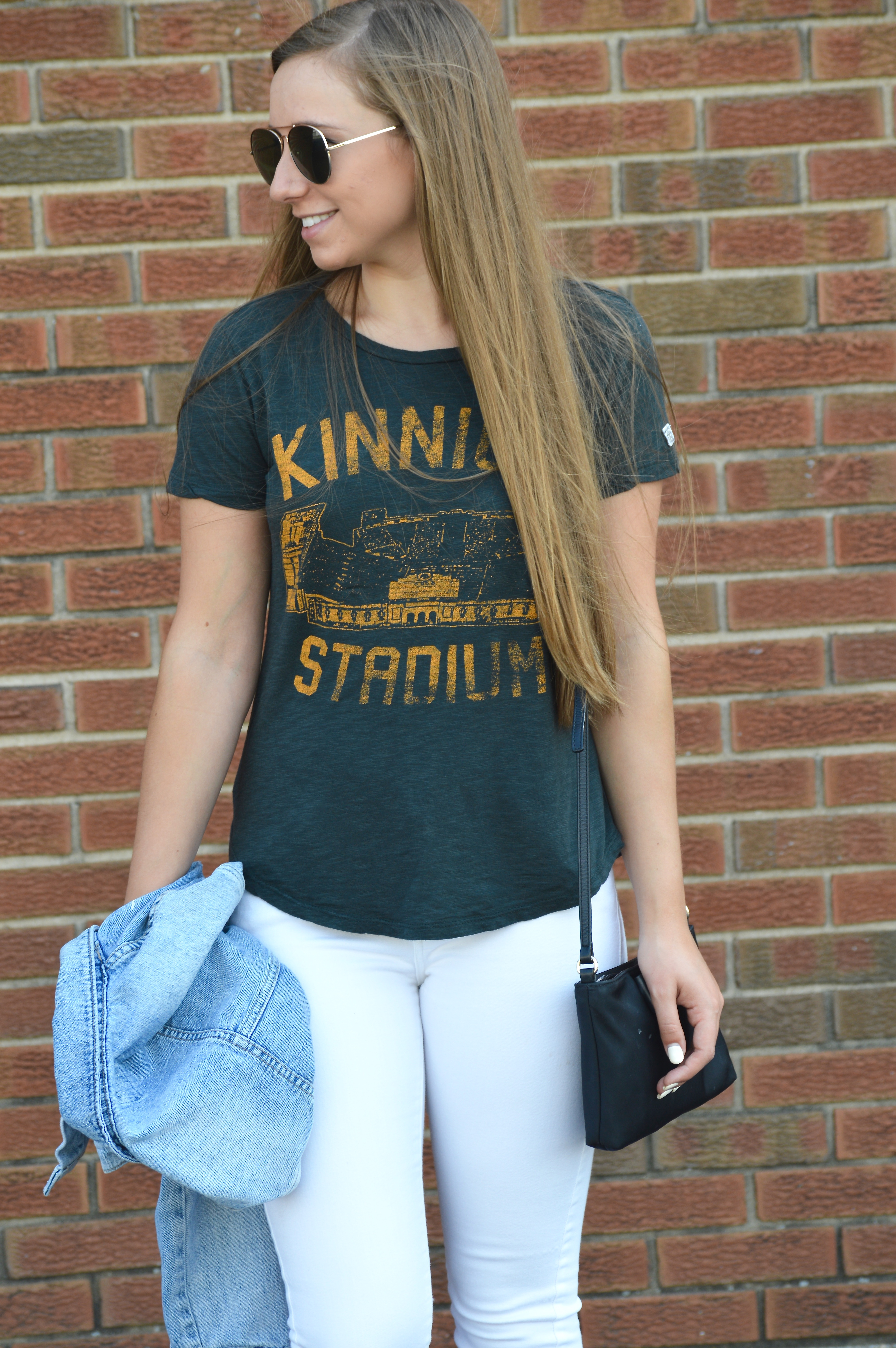 How to Style a T Shirt for Game Day with White Denim