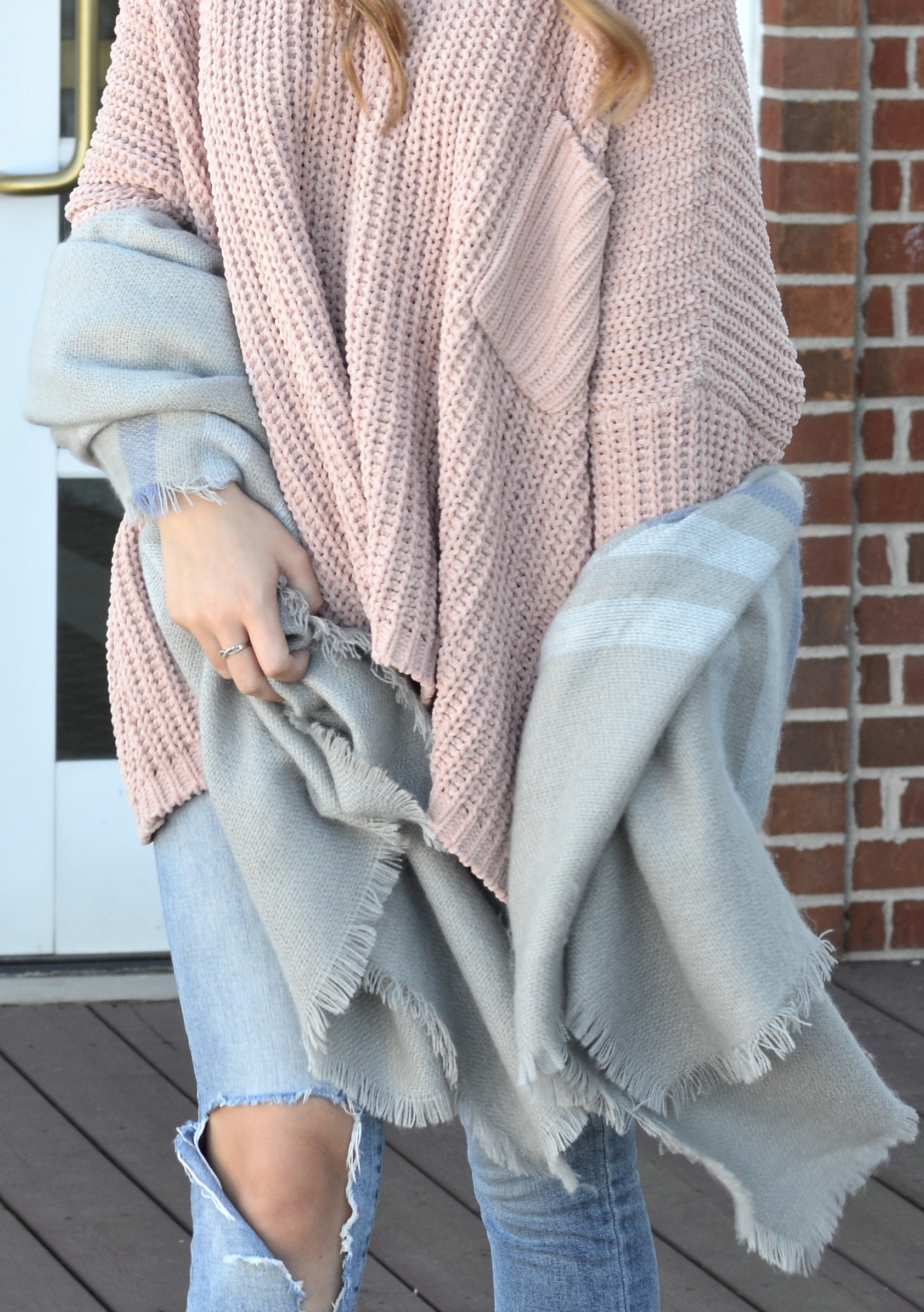 Cozy Sweater with an Oversized Scarf