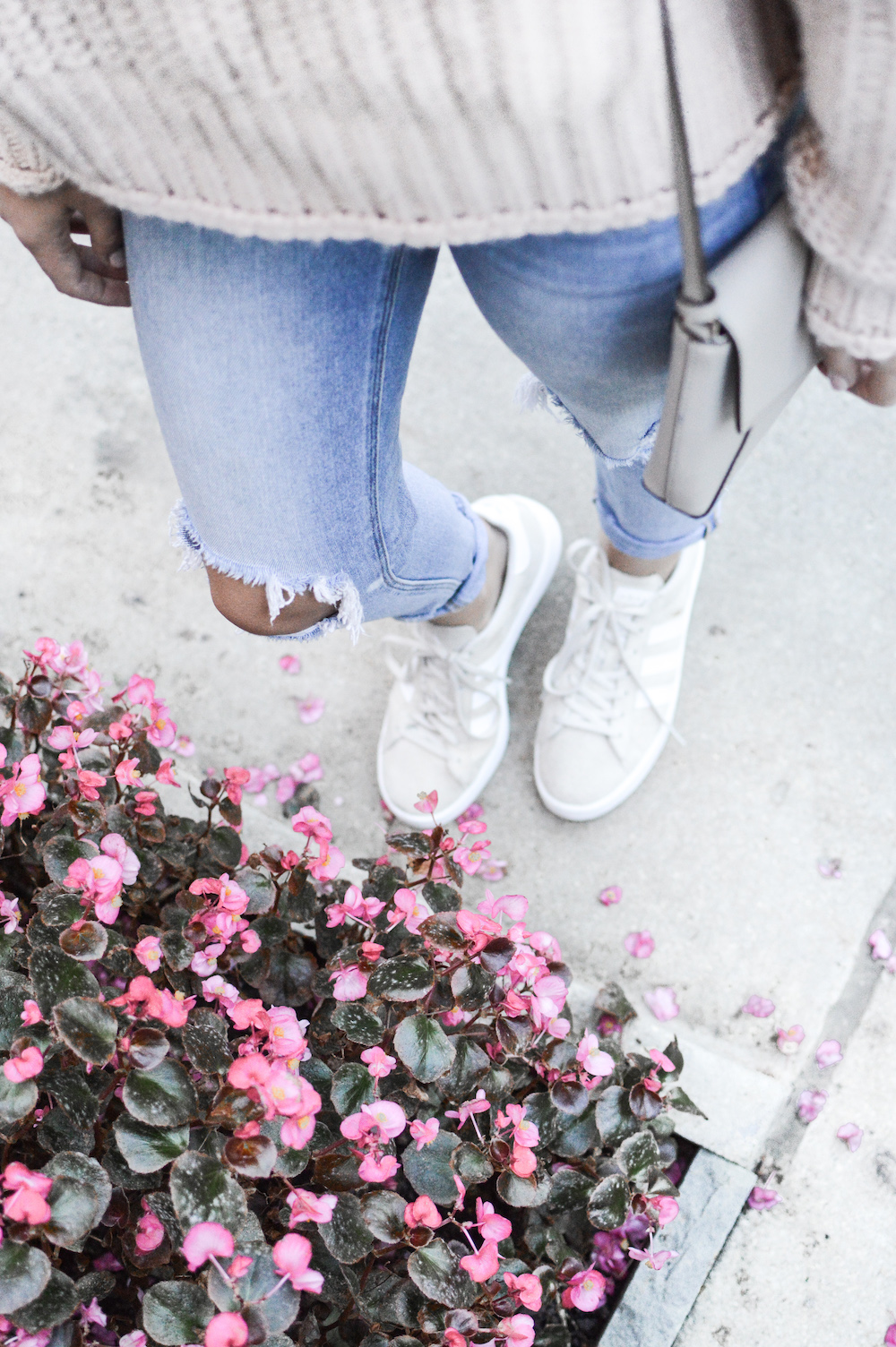 Ripped Denim + Tan Adidas | Easy Fall Outfits