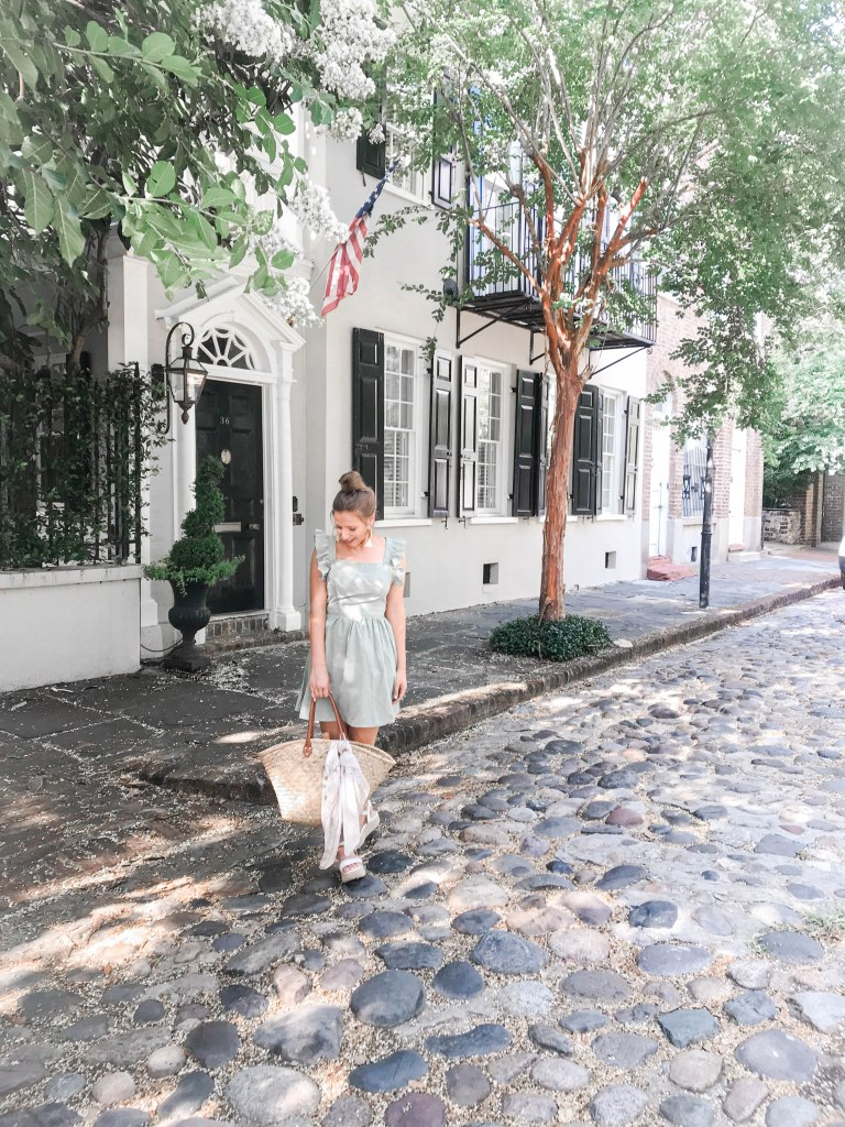 What to Wear to Charleston on Vacation