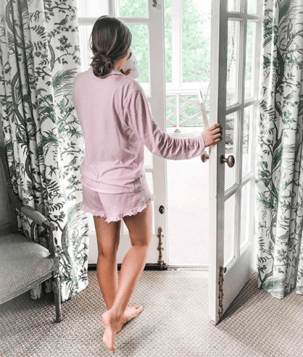 A Homebody's Guide to Finding Comfort + Happiness at Home | What to do while quarantining at home and how to make the most of it