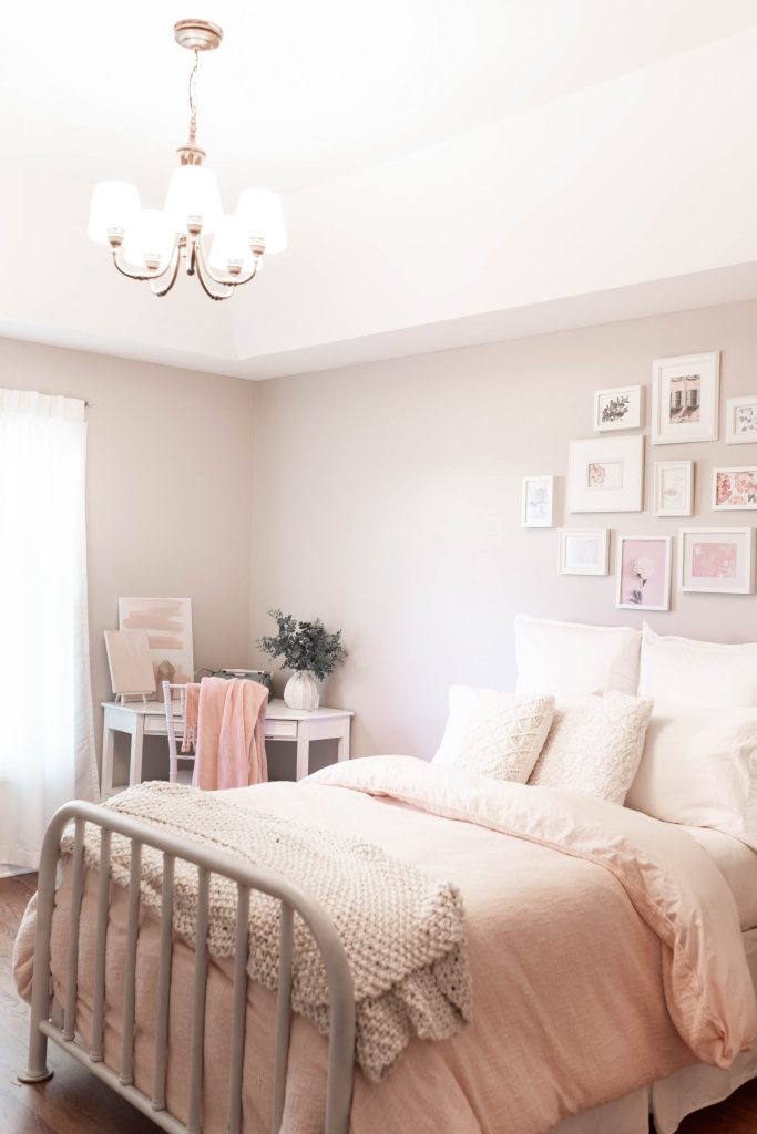 Feminine, Classic and Vintage-Inspired Bedroom Design
