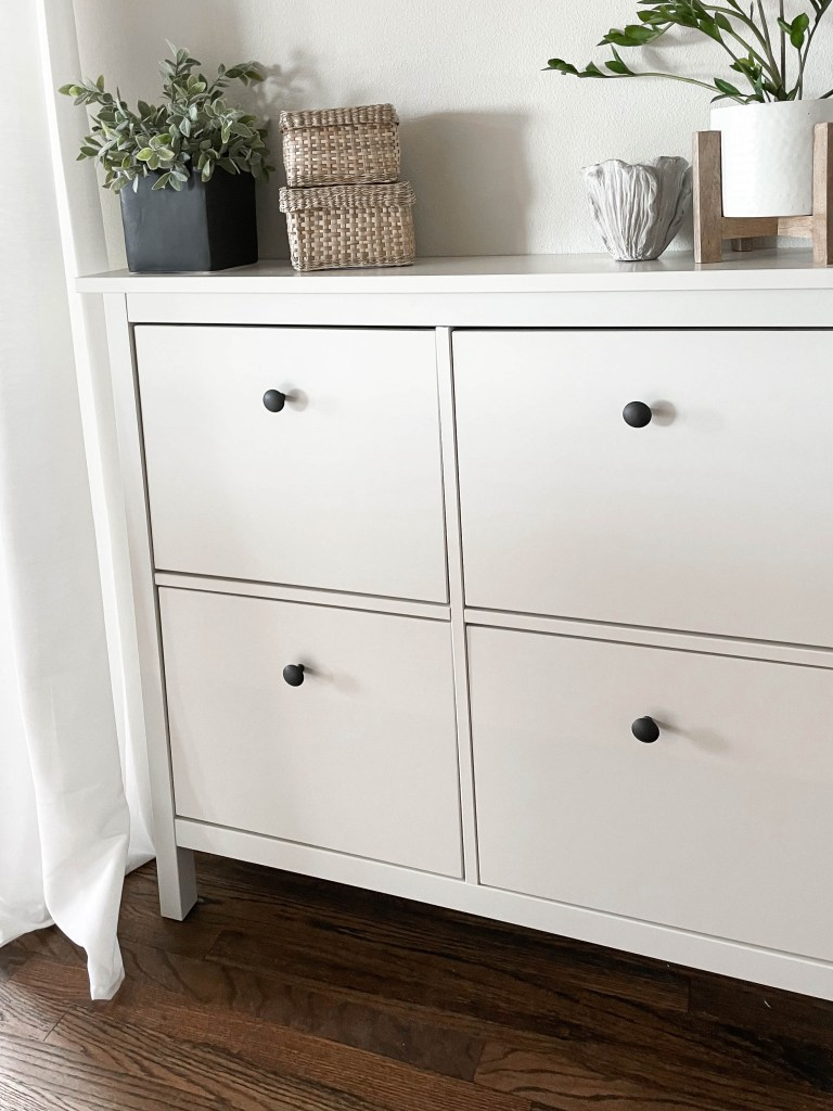 Small Space Entry Way Storage