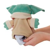 STAR WARS THE BOUNTY COLLECTION THE CHILD HIDEAWAY HOVER-PRAM PLUSH - oop (5)
