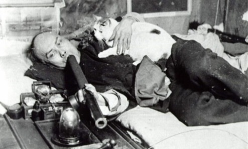 This photograph of a Chinese man smoking opium with his cat in San Francisco became a best-selling souvenir postcard.