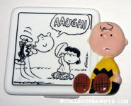 Charlie Brown & Lucy football gag comic Figurine