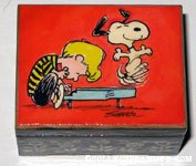 Snoopy dancing on Schroeder's piano Music Box
