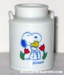 Snoopy hugging Woodstock Planter