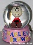 Charlie Brown sitting Snowglobe