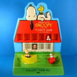 Click to shop Snoopy Doghouse Display