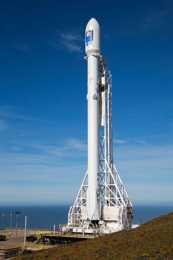 SpaceX Falcon 9 (Jason-3) drone ship landing ...