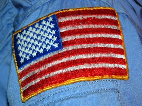 NASA astronaut U.S. flag flightsuit patches - collectSPACE ...