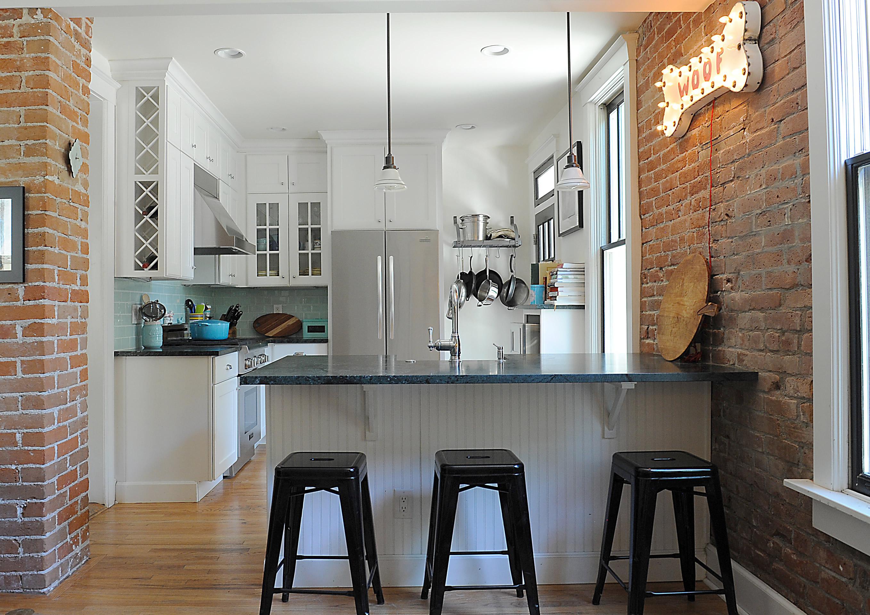 <span></span>Urban Kitchen Remodel