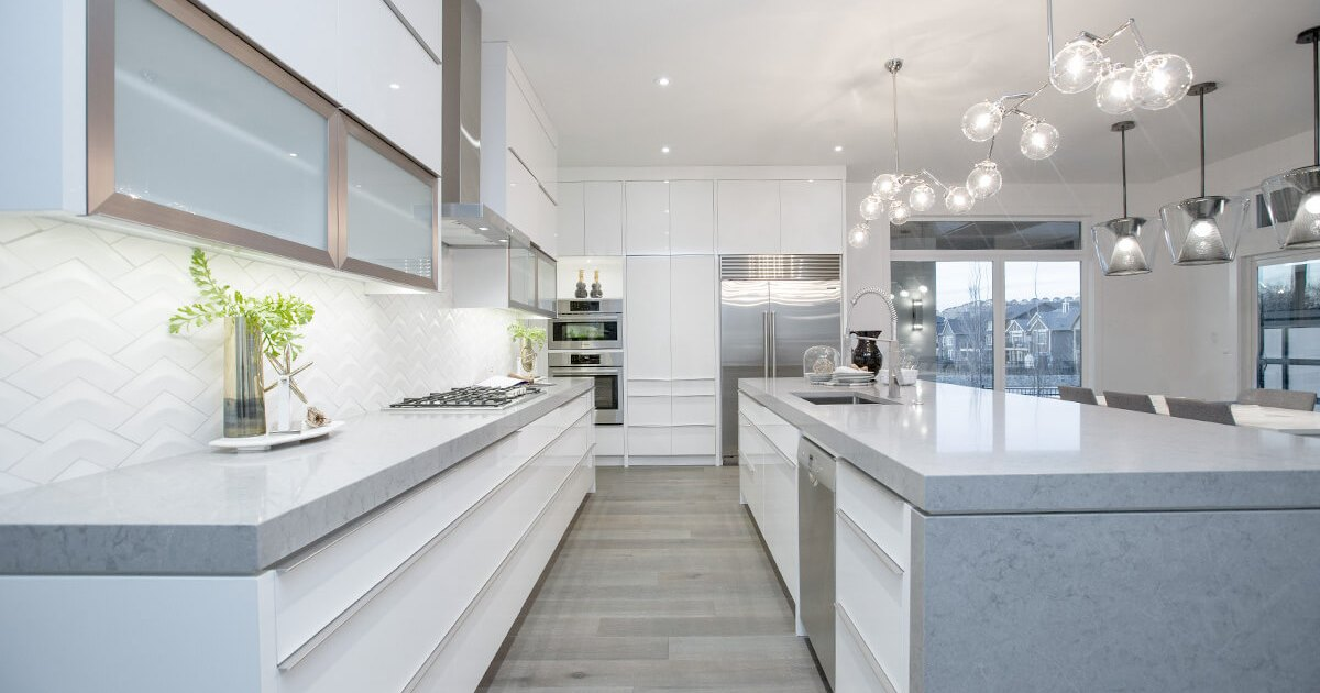 CONTEMPORARY WHITE AND GREY KITCHEN COLLEEN FERGUSON DESIGN CALGARY INTERIOR DESIGNER