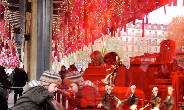 Children Christmas window Printemps