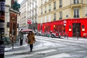 Paris snow December 9, 2010 Bastille Cafe de l'Industrie