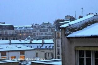 Paris snow storm December 9, 2010 from the kitchen window, Bastille