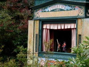 Punch & Judy Puppets Guignol show on Champs Elysees
