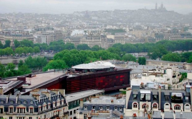 View from Eiffel Tower overlooking Quai Branly museum