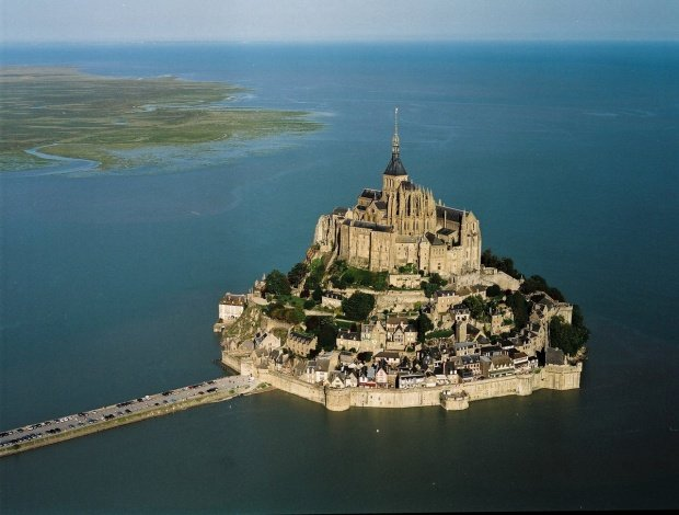Mont Saint Michel PAS #3 photo from the air - also found on Tourist Office Web site for Mont Saint Michel www.ot-montsaintmichel.com